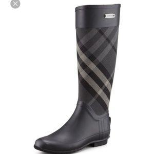 Burberry clemence rainboots